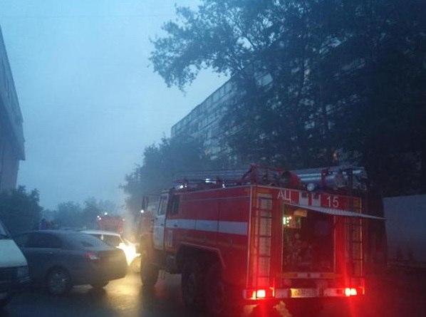 Из горящего пансионата эвакуировали более 50 человек 3