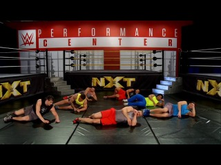 [#My1] WWE Power Series Triple H Official Workout - Mobility