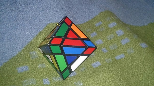 Подскажитье чо это за кубик и