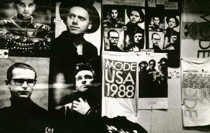 Афиша Владивосток Постеры, сошедшие со стен / Posters Came from the Walls