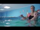 Плавать раньше, чем ходить! Юному спортсмену тренировки приносят явное удовольствие.