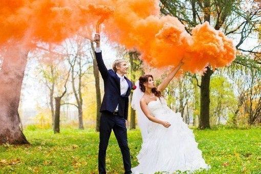 цветные дымовые шашки на свадьбу
