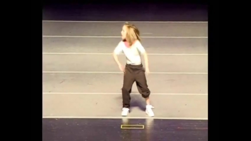 10 year old hip hop dancer Kassidy Chism_ AMAZING