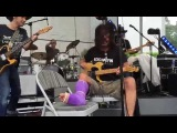Dave Grohl plays Cinnamon Girl July 4, 2015