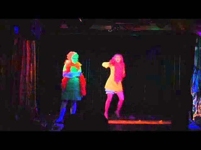 КЛАВЫ клоунское трио.Номер БАЛЬНЫЕ ТАНЦЫ. KLAVY clown trio