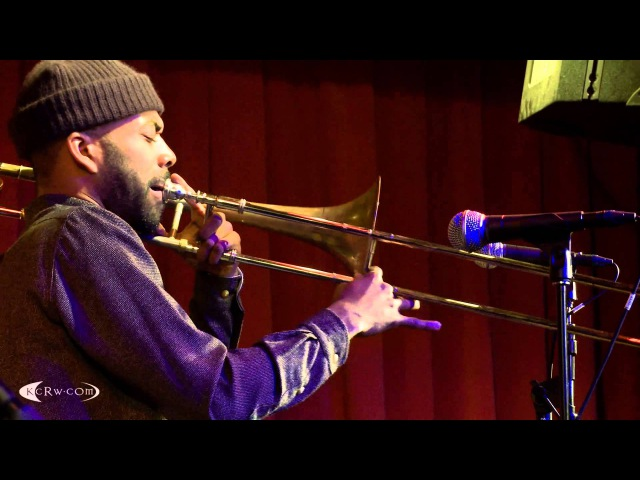 Jose James performing Do You Feel Live at KCRW's Apogee Sessions
