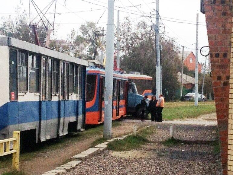 ДТП в Таганроге с участием трамвая