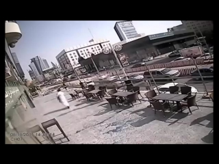 Огромный кусок стекла едва не убил мужчину - http://vk.com/sasisa_ru