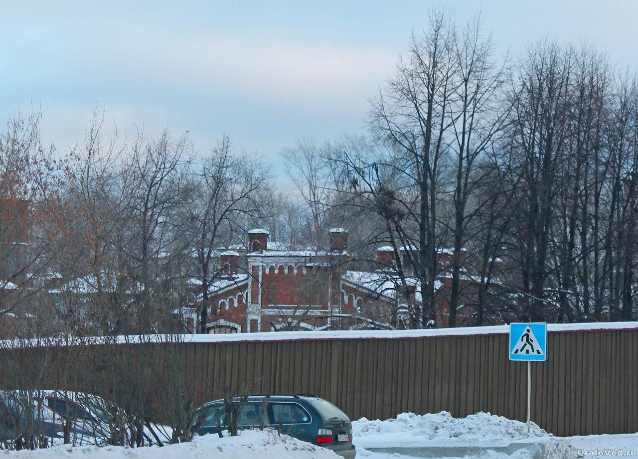 Верхнетуринский завод