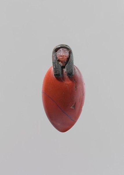 валтея - Куклы как объект поклонения: традиционные, обрядовые, магические, вуду. Идолы,тотемы, ритуальные маски, обереги, артефакты. Ae9hU8pkGY0