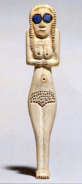 валтея - Куклы как объект поклонения: традиционные, обрядовые, магические, вуду. Идолы,тотемы, ритуальные маски, обереги, артефакты. Pa7ZEmYZC88