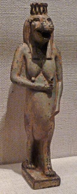 валтея - Куклы как объект поклонения: традиционные, обрядовые, магические, вуду. Идолы,тотемы, ритуальные маски, обереги, артефакты. MatU5G1rJlk