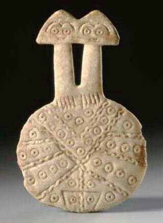 валтея - Куклы как объект поклонения: традиционные, обрядовые, магические, вуду. Идолы,тотемы, ритуальные маски, обереги, артефакты. ThTvmKUjQbc