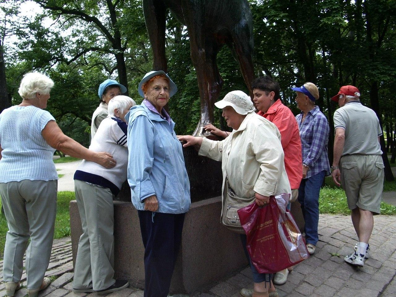 Группа «Возрождение» поездка в Выборг.