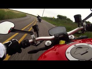 Ducati Monster 1200 + Triumph Speed Triple R in Texas, fuck yeah!