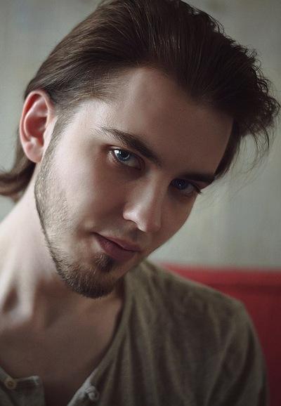 Арсений Семёнов