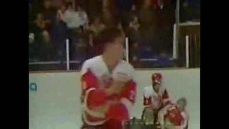 Хоккей СССР - Канада, 1987г - Побоище при Пьештянах