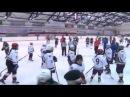Вот это драка девки хоккеистки дерутся на льду!