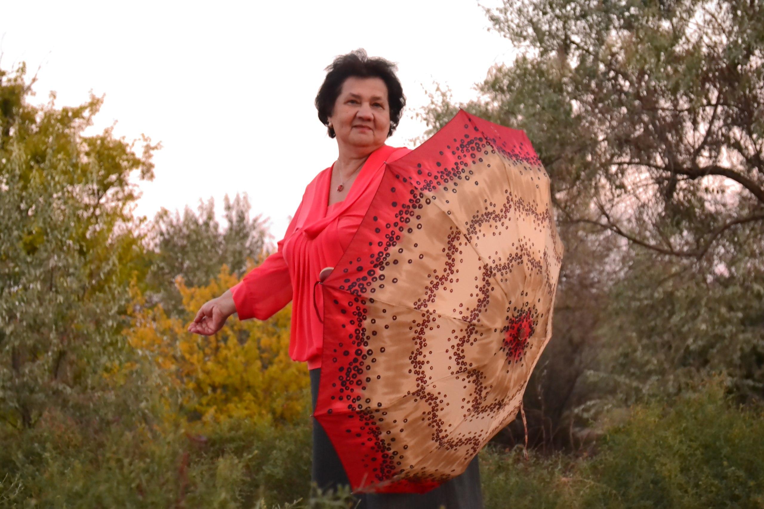 Galia, 67, Kirovsk