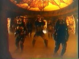 Predators dancing to Thriller (from Michael Jackson)