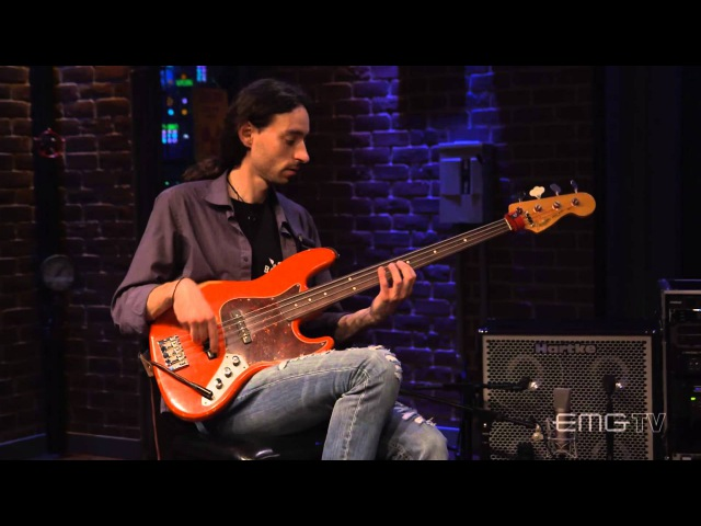 Alex Lofoco performs Quartal live on EMGtv