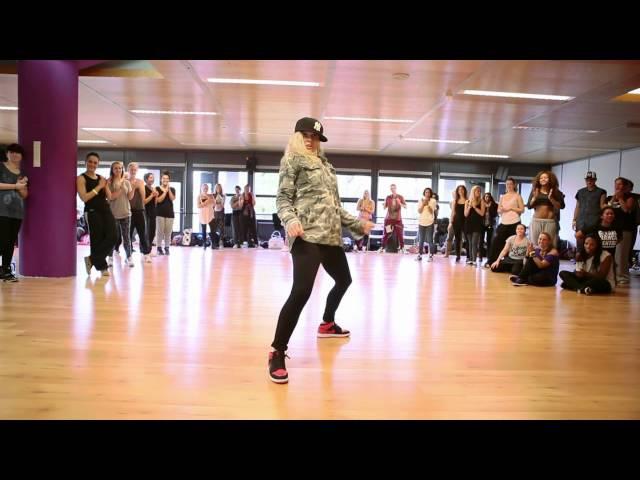 Laure Courtellemont - Global Dance Centre - 2012
