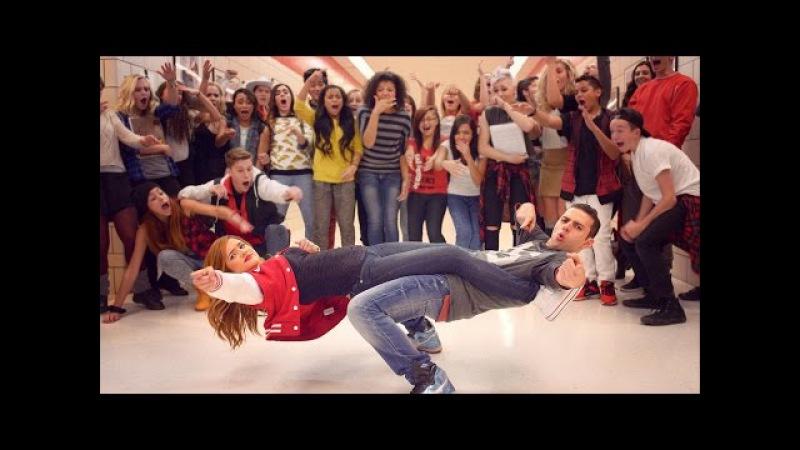 HIGH SCHOOL DANCE BATTLE - GEEKS VS COOL KIDS! ScottDW