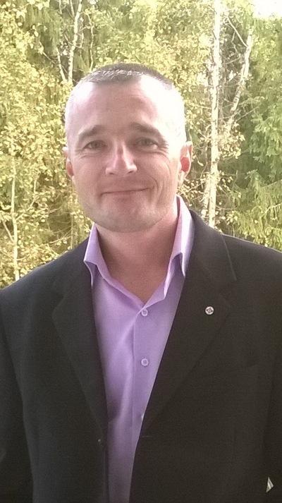 Денис Пивоваров