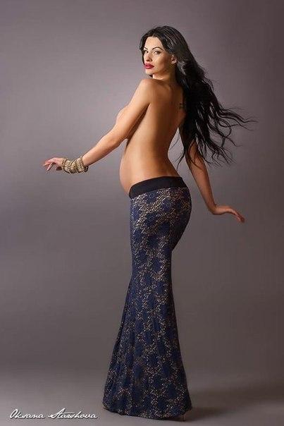 Фото юлии ахмедовой без юбки