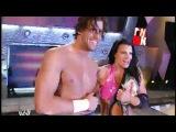 Trish Stratus vs. Victoria - Chicago Street Fight - Video Dailymotion