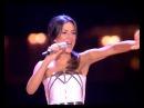 Злата Огневич заспівала свій міжнародний хіт Pray for Ukraine на ювілеї Світського жит