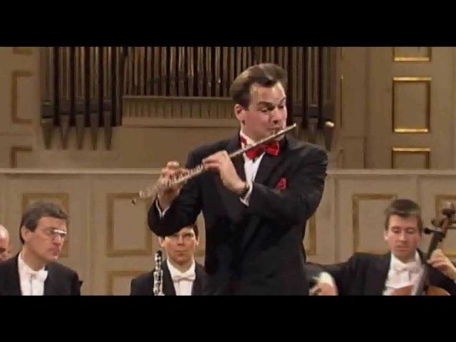 Mozart - Flute Concerto No. 1 in G major (K. 313) By Emmanuel Pahud soloist (Full HD)
