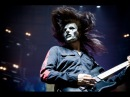 James Root Shows How to play popular Slipknot songs