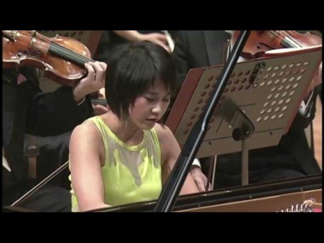 Yuja Wang plays Ravel's Piano Concerto (1)