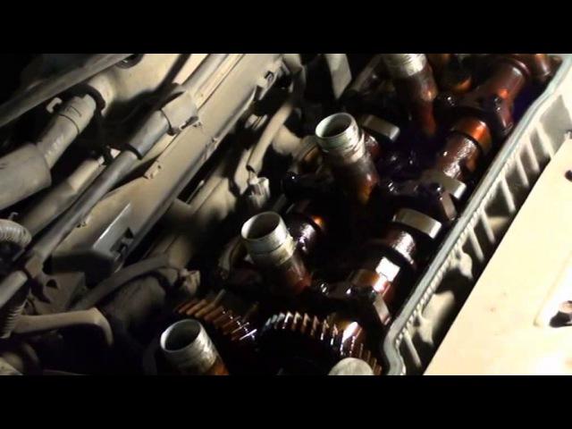 Замена прокладки клапанной крышки и сальников свечных колодцев на Toyota Camry SV33 3S-FE