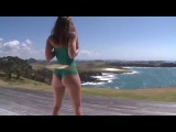 She spins a hula hoop -Девушка крутит хула хуп