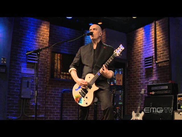 Devin Townsend performs 'Juular' on EMGtv
