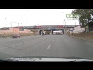 9.10.15 авария под мостом у