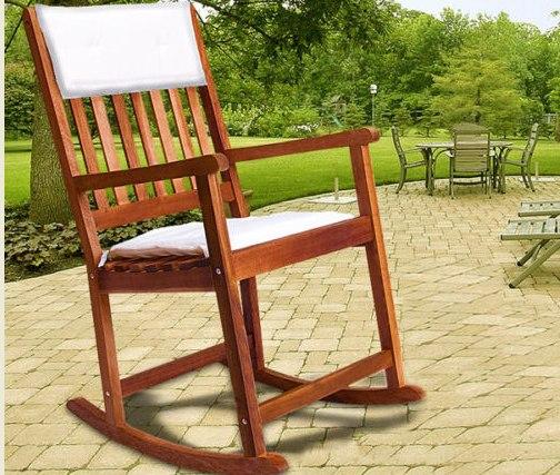 Mecedora silla de jard n tumbona hamaca de madera cojin for Mecedora terraza