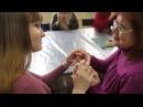 Истории слепоглухих жить прикосновением