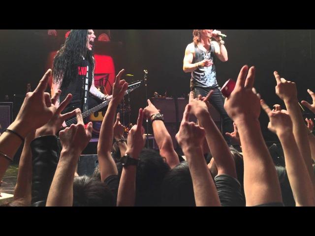 Slash feat. Myles Kennedy Japan Tour Tokyo 2/12/2015 18 Sweet Child O' Mine