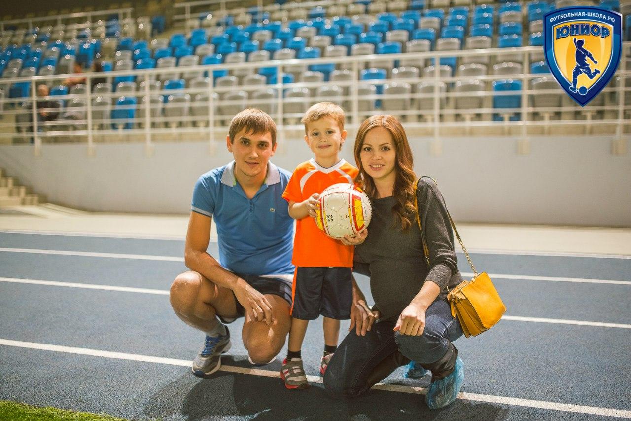 mamochka-s-futbolistom-video
