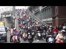 新莊、蘆洲線捷運開通後的台北橋尖峰時刻機車道景觀 20120220 08:28