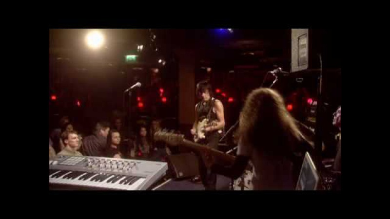 Jeff Beck - A Day In The Life (Live at Ronnie Scott's)