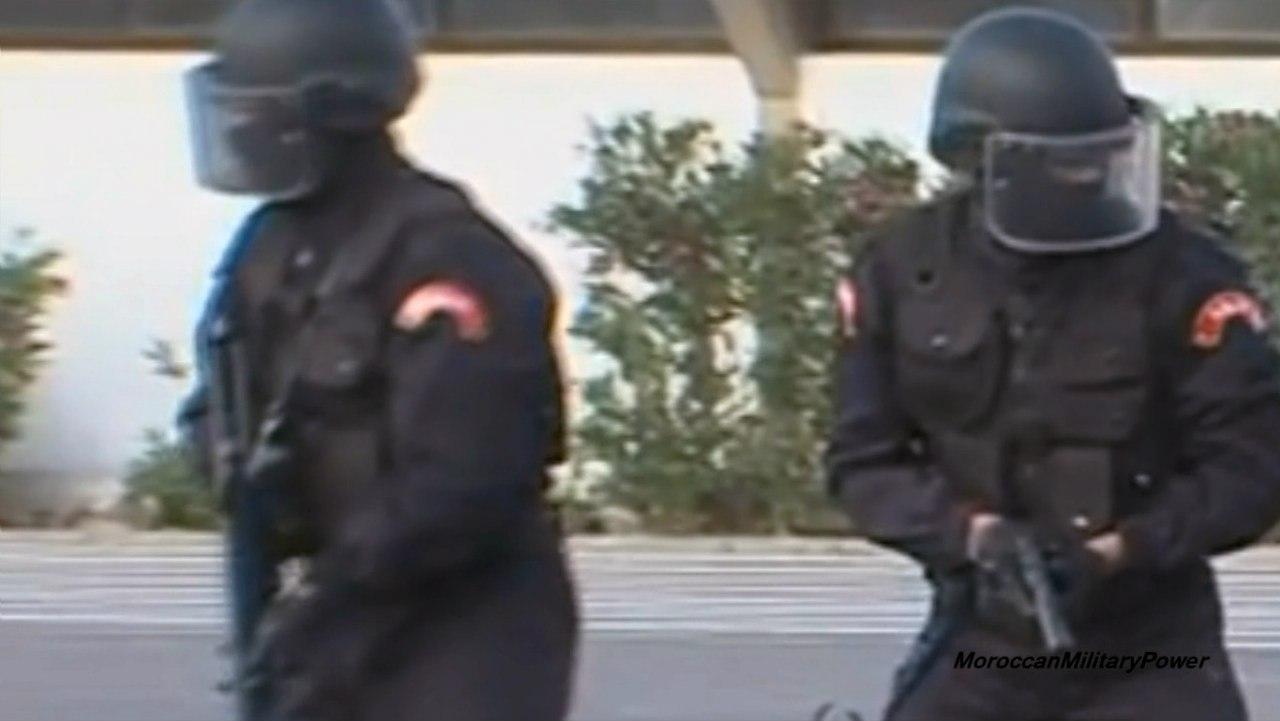 Moroccan Special Forces/Forces spéciales marocaines  :Videos et Photos : BCIJ, Gendarmerie Royale ,  - Page 2 FUiIHBBPwfc
