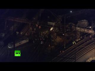 Несколько человек погибли, не менее 130 пострадали при сходе с рельсов пассажирского поезда в США