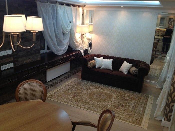 Студия из 1-комнатной квартиры 42 м с присоединенным балконом.