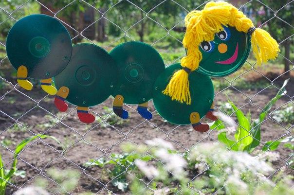 Поделки из бросового материала для дачи сада огорода своими руками 54