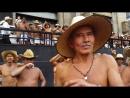 400 народностей. Голые танцуют на улице!!