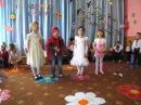 """3""""Кожна мама із весною схожа"""" дитяч.сад молодш.група с.Забір'я(15.05.2015 рік)"""